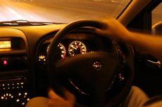 Tips Aman Berkendara Jarak Jauh di Malam Hari