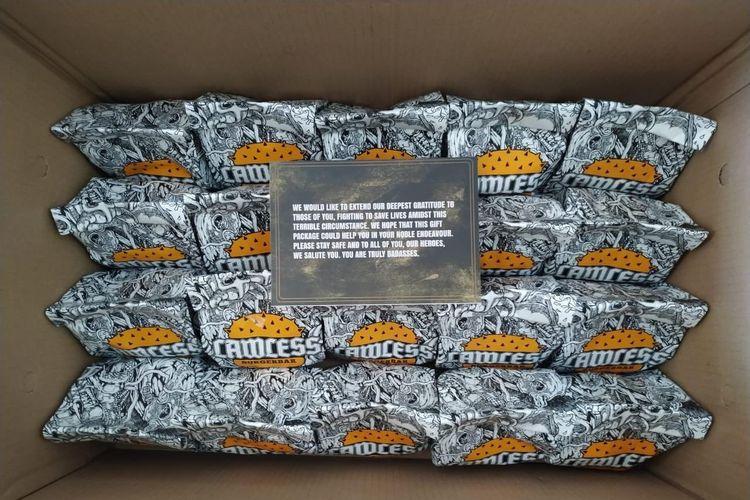 Burger bantuan dari Lawless Burgerbar untuk tenaga medis di Jakarta.