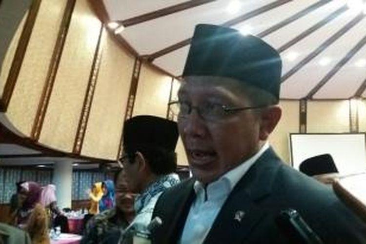 Menteri Agama RI, Lukman Hakim Saifuddin, saat ditrmui di Hotel Mercure, Ancol, Jakarta Utara, Selasa (10/11/2015)