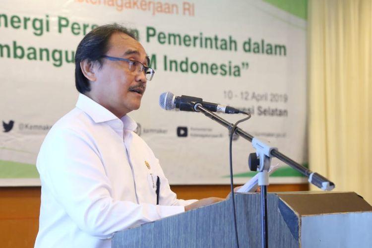 Karo Humas Kemnaker Soes Hindharno pada acara tur media Sinergi Pers dan Pemerintah dalam Pembangunan SDM Indonesia di Makassar, Sulawesi Selatan, Rabu (10/4/2019).