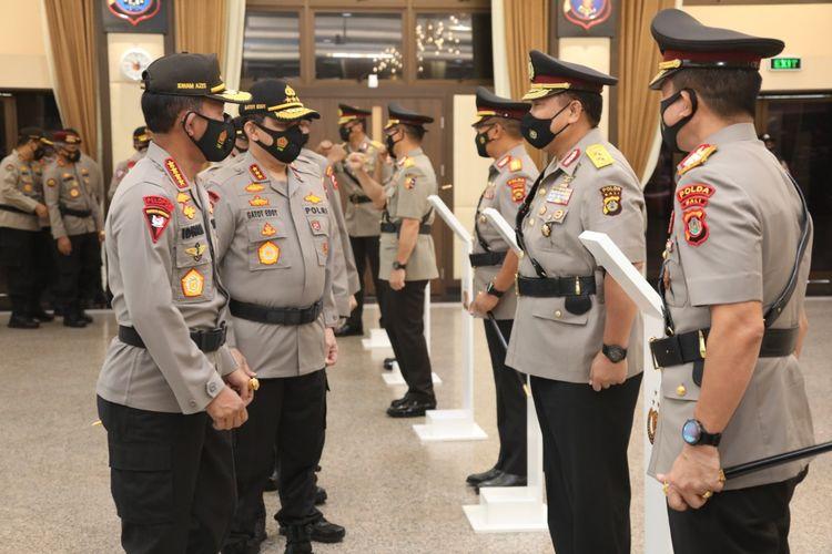 Kapolri Jenderal (Pol) Idham Azis memimpin upacara sertijab di Mabes Polri, Jakarta Selatan, Jumat (20/11/2020).
