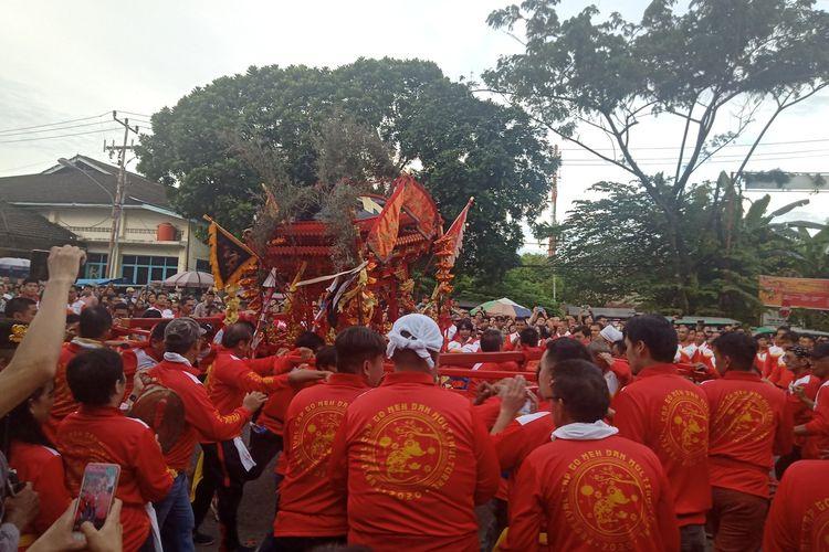 Panitia Cap Go Meh Padang kehilangan 100 turis asing asal asing asal China karena imbas virus corona, namun perayaan tetap meriah, Sabtu (8/2/2020)