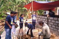 Sambut Sumpah Pemuda, 250 Anak Muda Bangun Rumah dan Jalan Desa