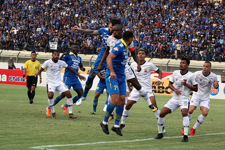 Duel Persib vs Madura United pada putaran pertama Liga 1 2019, di Stadion Si Jalak Harupat, Kabupaten Bandung.