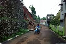 Pascabanjir, Dinas PU Tangsel Benahi 9 Turap yang Longsor
