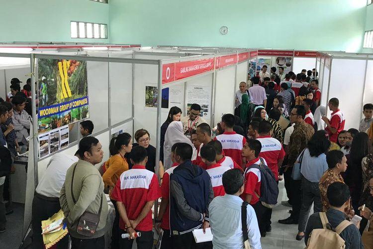 Pameran dilaksanakan dua hari, 26-27 Maret 2019, dan diikuti 33 perusahaan dari Sarawak, Malaysia.