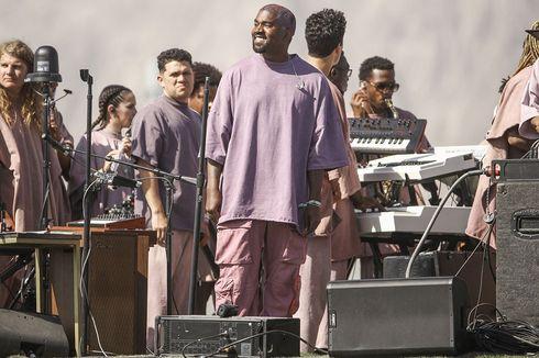 Mungkinkah Kanye West Akan Meluncurkan Make Up Yeezy?
