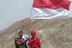 Kala Warga Maumere Kibarkan Sang Merah Putih di Puncak Gunung Egon