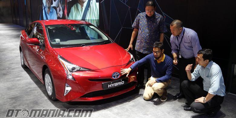 Toyota Prius generasi keempat meluncur di Gaikindo Indonesia Auto Show (GIIAS) 2017.