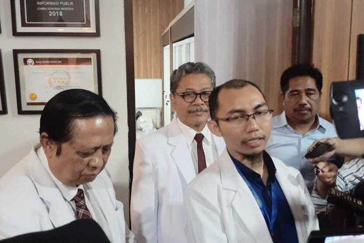 Tim Satgas Virus Corona Rumah Sakit Universitas Airlangga, Alfian Nur Rosyid