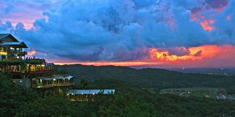 Bukit Bintang saat senja.