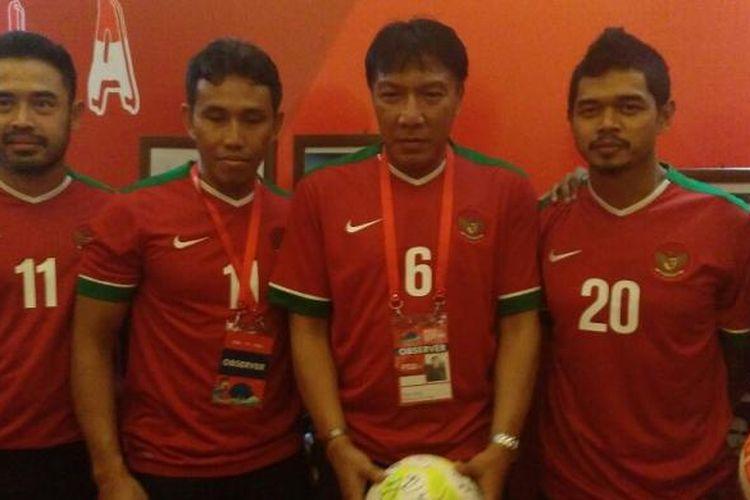 Sejumlah mantan kapten timnas, di antaranya Ponaryo Astaman, Bima Sakti, Robby Darwis, Bambang Pamungkas, Firman Utina, hadir di Kongres Tahunan PSSI, Minggu (8/1/2017).