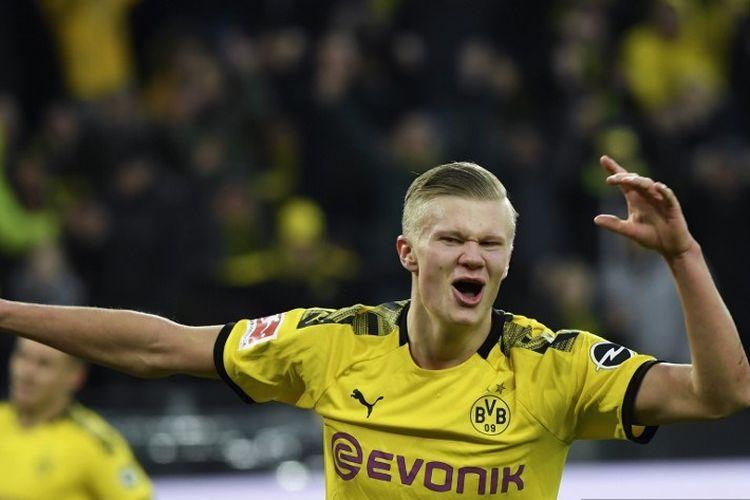 Penyerang Dortmund asal Norwegia, Erling Braut Haaland merayakan setelah mencetak gol selama pertandingan sepak bola Bundesliga divisi satu Jerman Borussia Dortmund vs FC Union Berlin di Dortmund pada 1 Februari 2020.