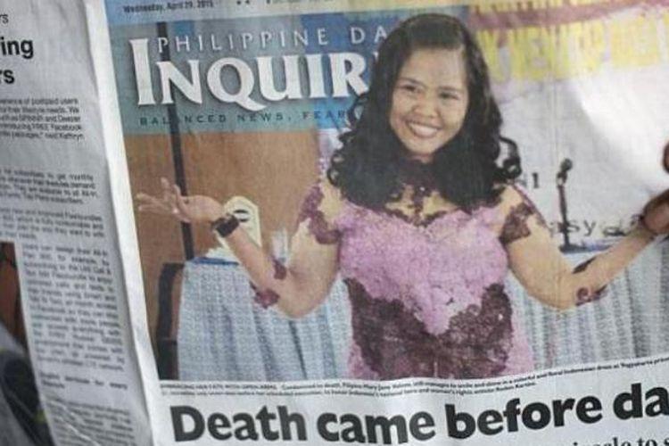 Penundaan eksekusi mati Mary Jane Veloso, yang hanya satu jam sebelum eksekusi digelar, membuat berbagai harian di Filipina tak sempat mengganti judul di berita utama mereka. Seluruh harian atau tabloid yang terbit di Filipina pada Rabu (29/4/2015), masih memberitakan kematian Mary Jane atau menyalahkan kegagalan pemerintah menyelamatkan nyawa perempuan itu.