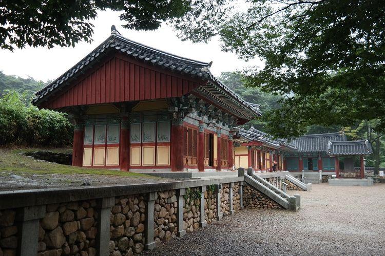 Kuil Bogyeongsa di Pohang, Geyongsang Utara, Korea Selatan DOK. Shutterstock/ALNET