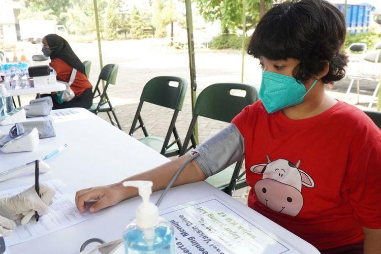 Ilustrasi Vaksinasi Drive Thru yang dilakukan Jasa Marga bersama pihak terkait di Tol Jagorawi.