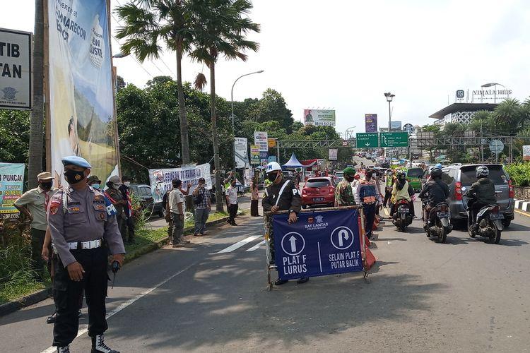 Kepolisian Resor Bogor melaporkan, ada sebanyak 43,662 jenis kendaraan yang diperiksa petugas di delapan titik pos penyekatan jalur mudik 2021 Kabupaten Bogor, Jawa Barat.