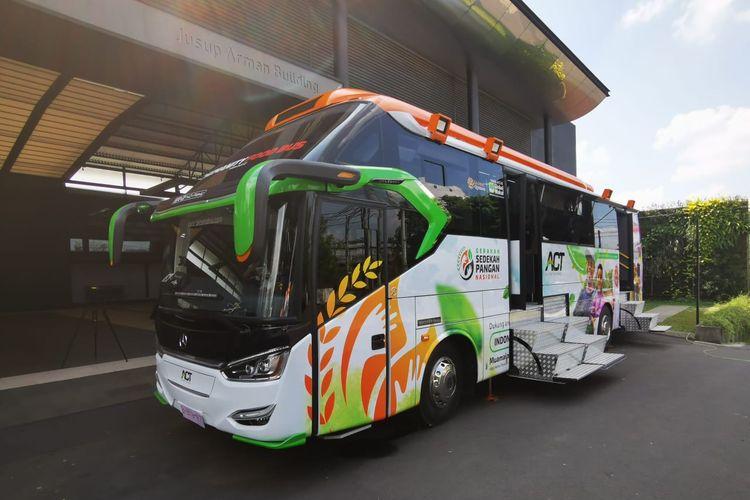 Humanity Food Bus buatan Laksana pesanan ACT