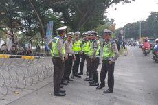 Hadapi Unjuk Rasa, Polisi Pasang Kawat Berduri di Sekeliling Kantor DPRD Riau