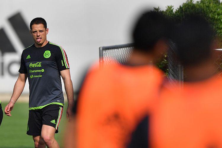 Javier Hernandez alias Chicharito berlatih bersama timnas Meksiko pada Mei lalu jelang laga Kualifikasi Piala Dunia 2018 kontra Amerika Serikat dan Honduras.