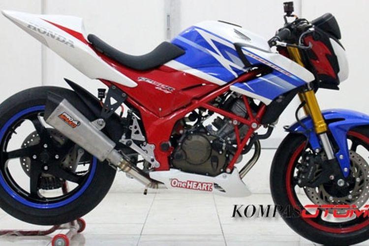 Salah satu contoh modifikasi Honda CB150R.
