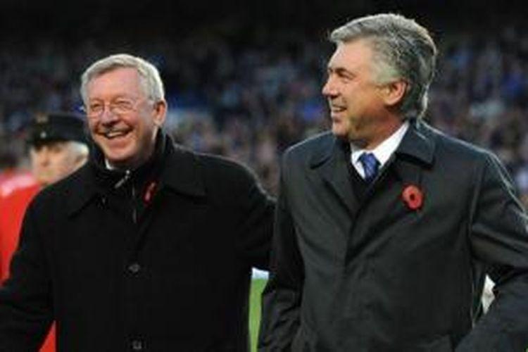 Mantan manajer Manchester United, Sir Alex Ferguson (kiri) bersama pelatih Carlo Ancelotti.