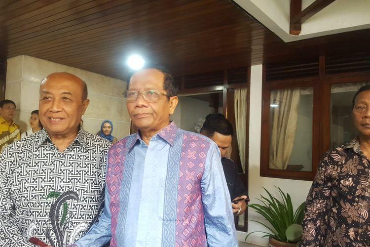 Menko Polhukam Mahfud MD di Jalan Widya Chandra V, Jakarta, Rabu (25/12/2019).