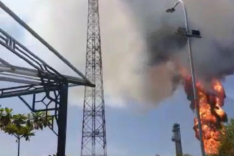 Kompleks Proyek Pengembangan Gas Jawa (PPGJ) blok gundih di Desa sumber, Kecamatan Kradenan, Kabupaten Blora, Jawa Tengah, terbakar, Kamis (9/4/2020) pagi sekitar pukul 09.40 WIB.