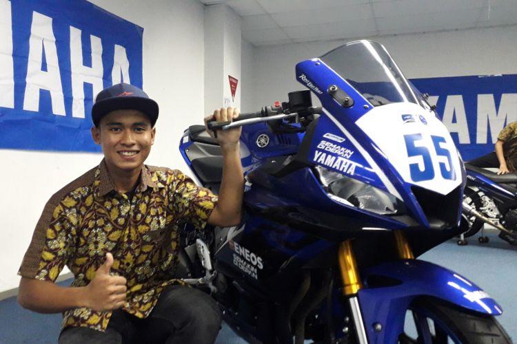 Pebalap binaan Yamaha Indonesia, Galang Hendra Pratama saat ditemui di sela acara peluncuran tim Yamaha Indonesia, di Jakarta, Jumat (1/3/2019).