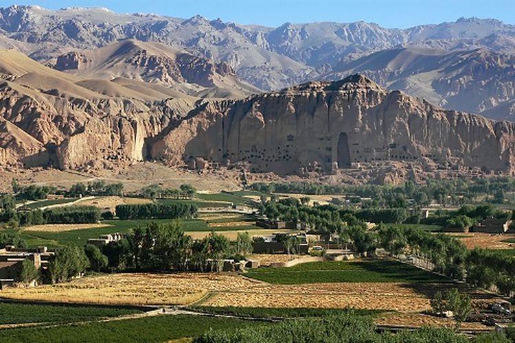 Bamiyan Valley, situs warisan dunia UNESCO di Afghanistan dok. Shutterstock/Jono Photoraphy