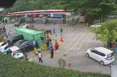 Detik-detik Truk Kontainer Tabrak 7 Kendaraan di Rest Area Tol Cipularang