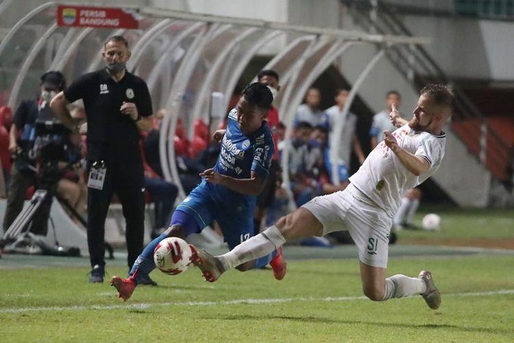 Menteri Pemuda dan Olahraga (Menpora) Zainudin Amali memberikan apresiasi kepada PT LIB dan PSSI sebagai penyelenggara Piala Menpora 2021 yang disiplin menerapkan protokol kesehatan. Menpora Amali minta sisa pertandingan hingga final nanti dijaga betul agar bisa melanjutkan ke Liga 1 dan Liga 2.