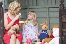 Anjuran Beraktivitas di Rumah Jadi Momentum Perbaiki Pola Asuh Anak
