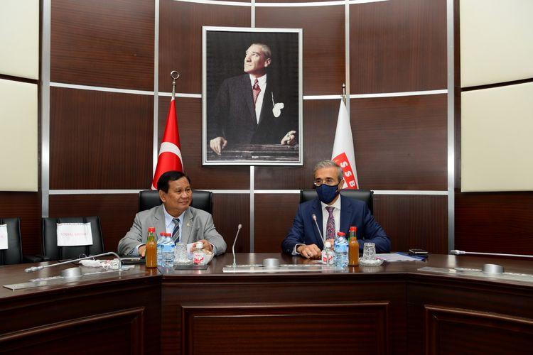 Menteri Pertahanan (Menhan) Prabowo Subianto melakukan pertemuan dengan Presiden Industri Pertahanan Turki, Ismail Demir di Kota Ankara, Turki.