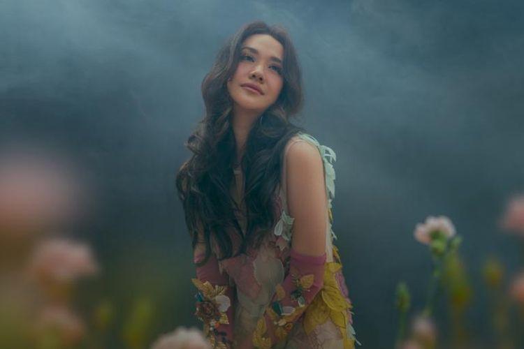 Penyanyi Bunga Citra Lestari atau BCL