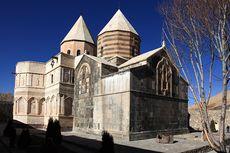 Ingin Wisata ke Iran? Sebaiknya Tunda Dulu