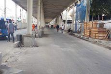 Jalan Jatibaru Dibuka, Pekerja Tetap Bangun