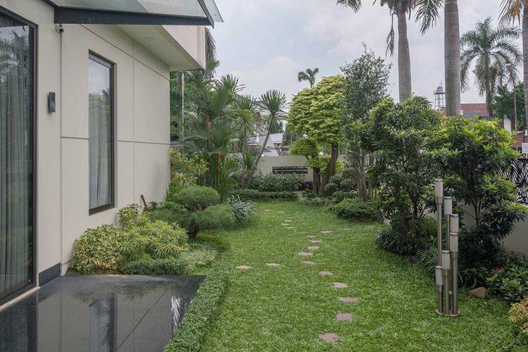 Desain taman Residence Green Garden di Jakarta karya Evonil Architecture.