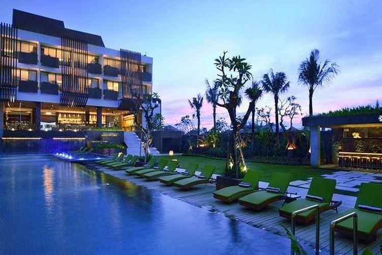 Kolam Renang Four Points by Sheraton Seminyak, Bali.
