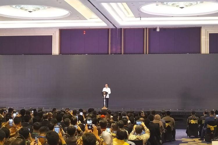 Presiden Joko Widodo saat memberi sambutan di acara pelantikan BPP HIPMI XVI di Jakarta, Rabu (15/1/2020).