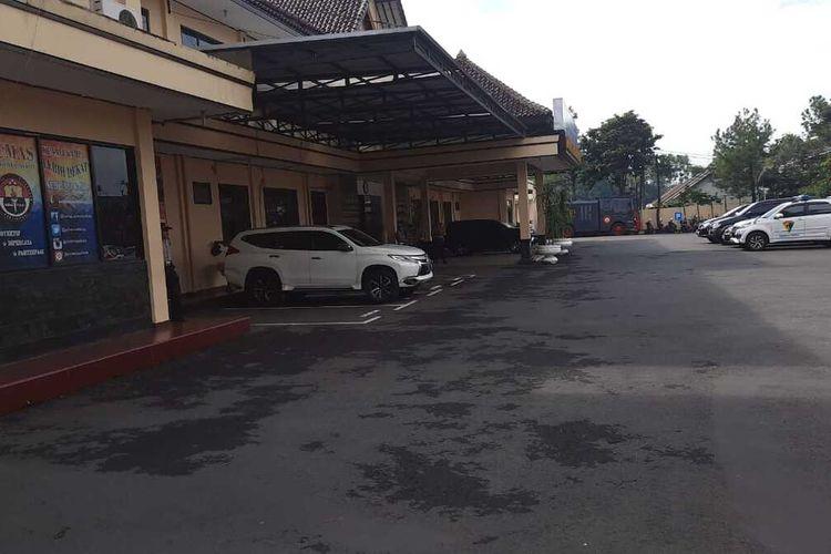 Ruang SPK di Halaman Polres Tasikmalaya Kota