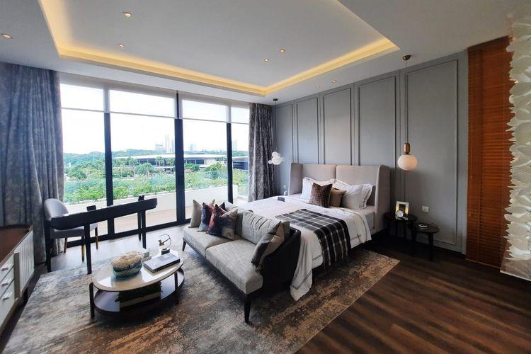 Kamar tidur utama di lantai tiga, mengadopsi langgam desain interior modern kontemporer