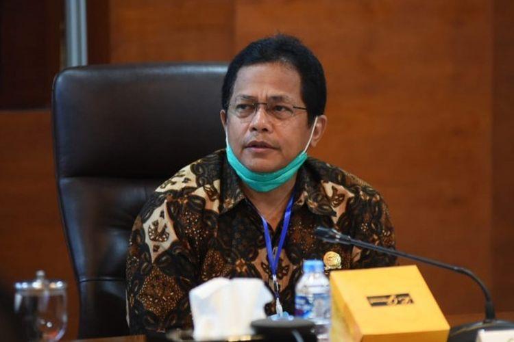 Sekretaris Jenderal DPR RI Indra Iskandar, usai memimpin rakor bersama Sekjen MPR RI dan Sesjen DPD RI beserta jajarannya, di Gedung DPR RI, Selasa (21/4/2020).