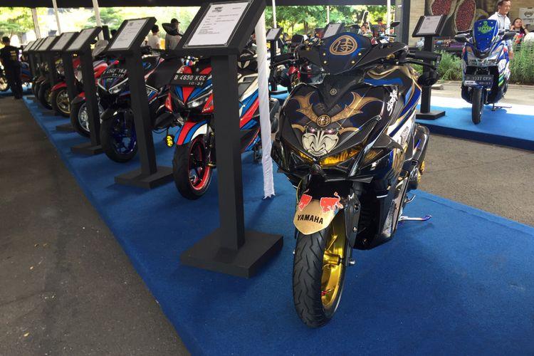 Customaxi Yamaha 2018