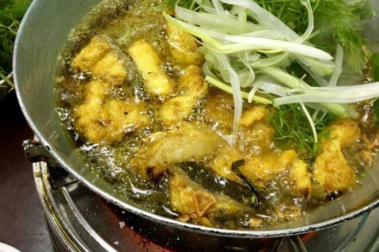 Cha ca, hidangan khas Vietnam yang dapat ditemui di Hanoi.