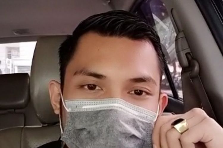 Tangkapan video berdurasi 49 detik seorang pria menyebut sudah ada pasien Corona di Medan dan dirawat di RSUP Haji Adam Malik. Video tersebut beredar di group aplikasi percakapan WhatsApp. Pihak RSUP Haji Adam Malik membantah dan menyebutnya sebagai hoax.