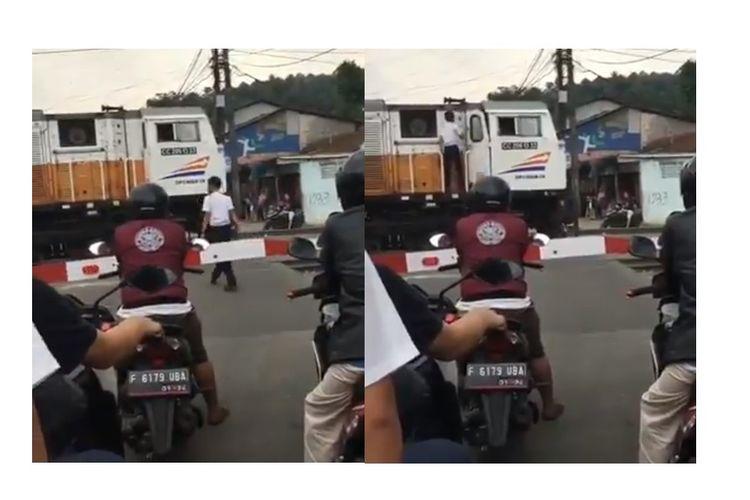 Sebuah video yang memperlihatkan lokomotif yang berhenti di tengah jalan viral di media sosial. Dalam caption yang diunggah beberapa akun, disebutkan bahwa kereta api berhenti karena masinis belanja di warung.