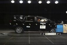 Uji Tabrak Toyota Kijang Innova Raih Bintang 5