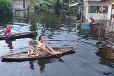 Cerita Warga di Rokan Hulu Bertahan di Tengah Kepungan Banjir