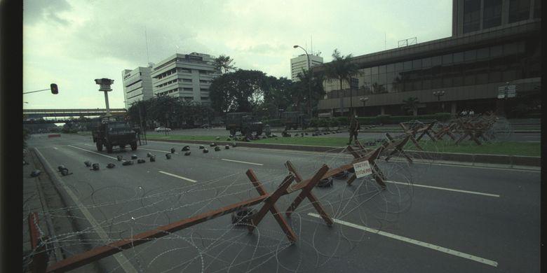 Suasana Jakarta ketika pada 20 Mei 1998, menjelang jatuhnya Presiden Soeharto